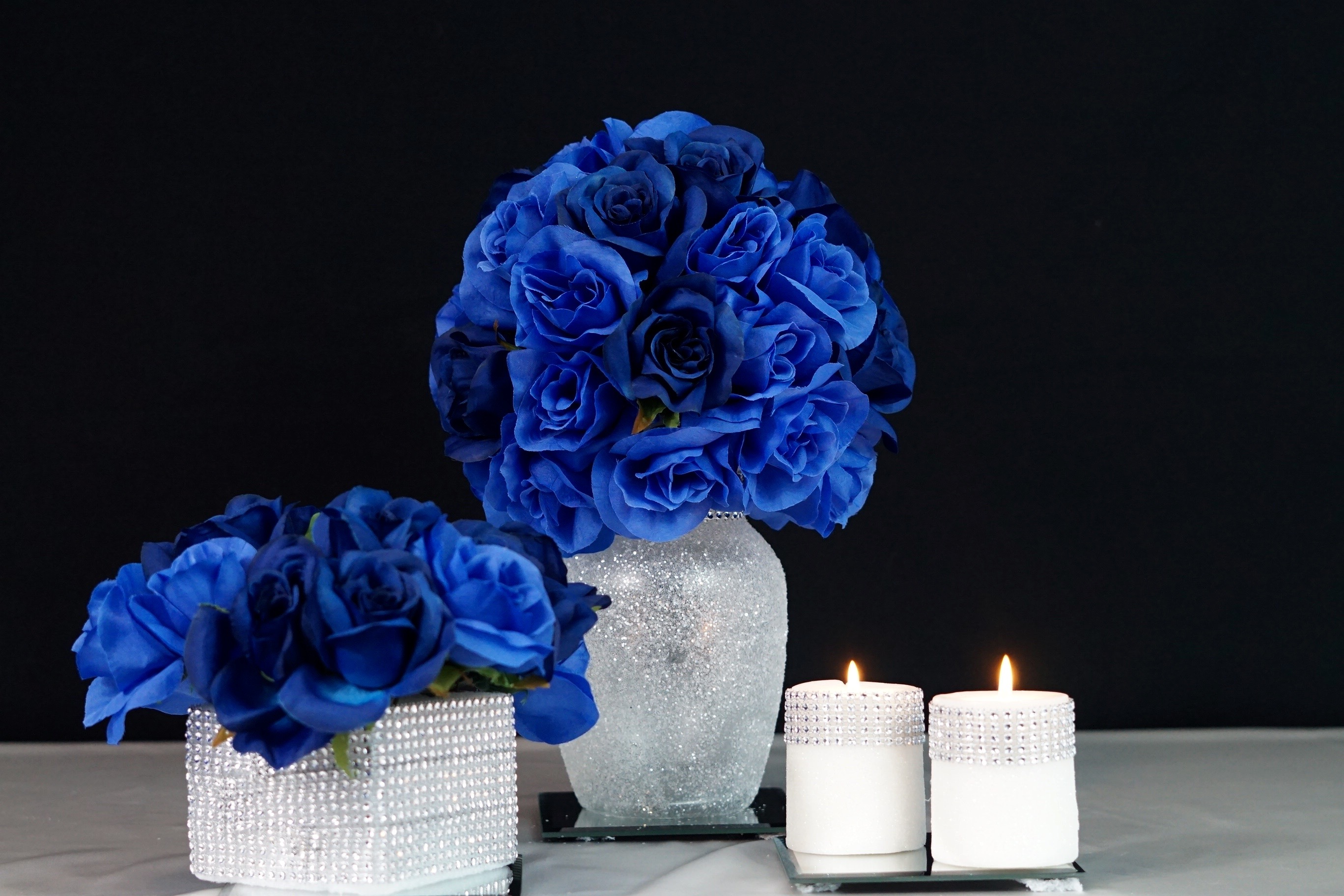 Royal blue wedding or quincenera centerpiece ideas for