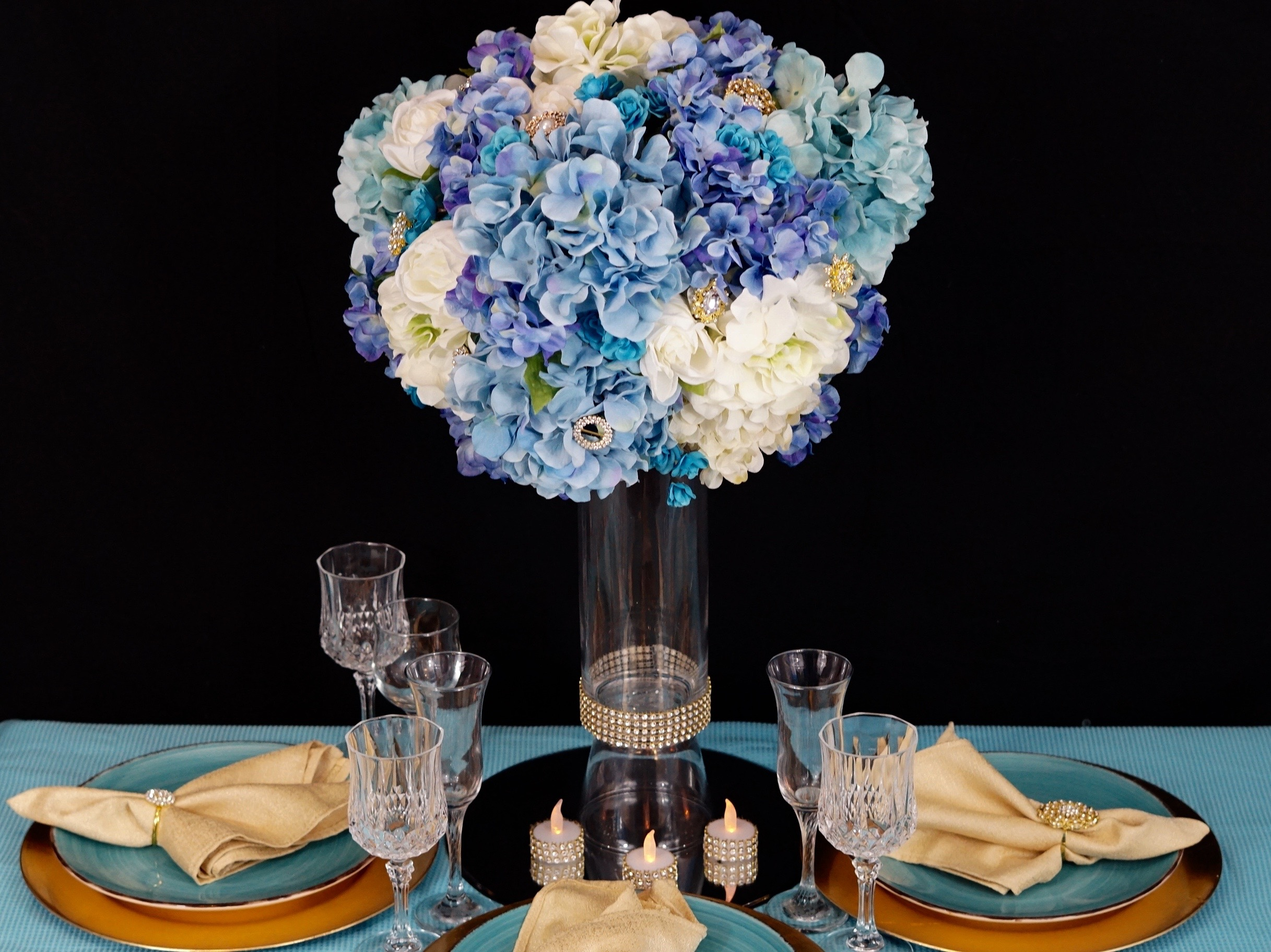 Diy Blue Royalty Wedding Centerpiece