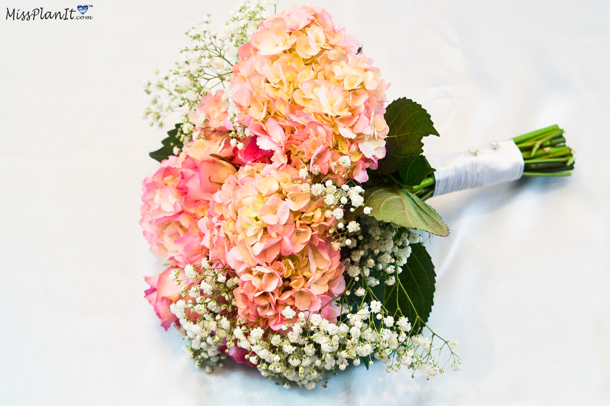 Diy Vintage Fresh Flower Bridal Bouquet For Under 35